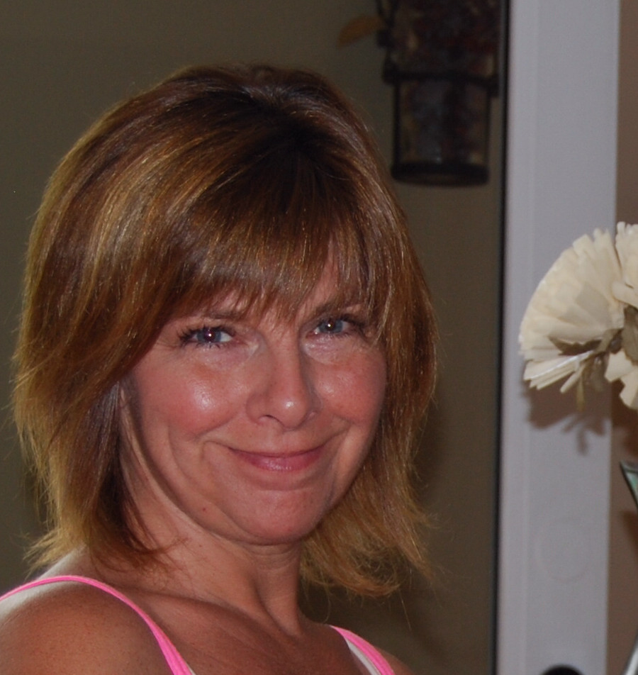 Tami ~ Owner, Master Stylist / Colorist